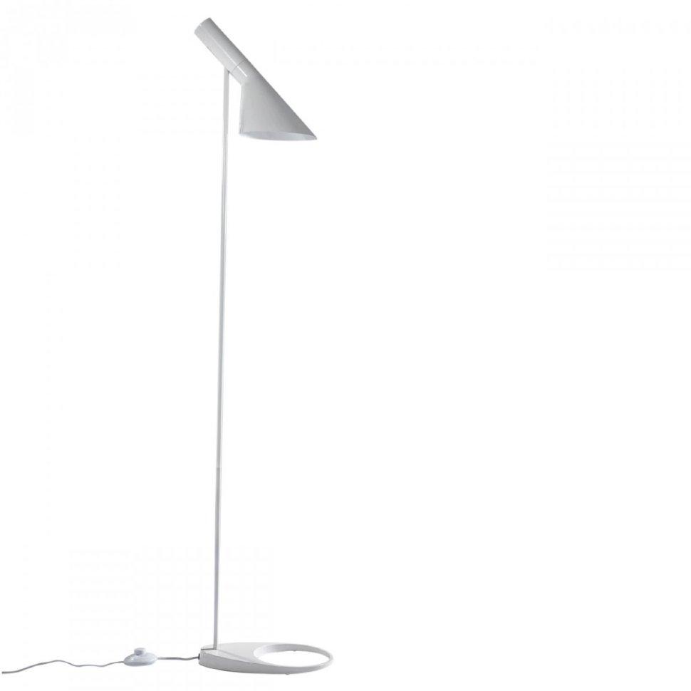 AJ Floor Lamp White (1)